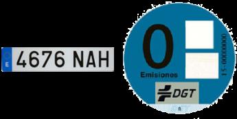Etiquetas cero emisiones de España y placa española (DGT)
